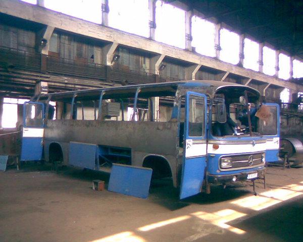 اتوبوس بنز بازسازی شده